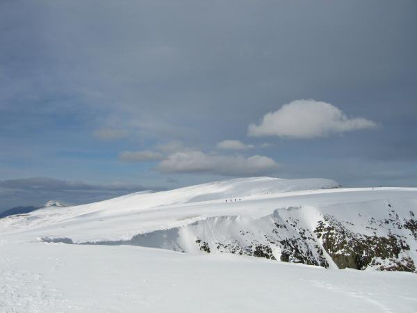 The flat top of Nethermost Pike and Helvellyn