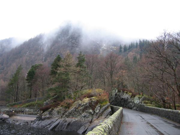 Raven Crag in cloud from Thirlmere Dam