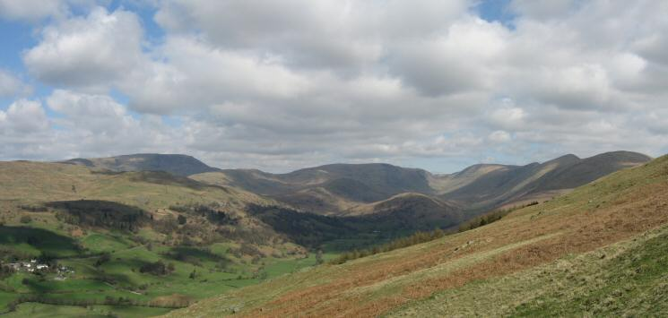 Skyline: Red Screes, St Raven's Edge, Caudale Moor, Thresthwaite Mouth, Thornthwaite Crag, Froswick, Ill Bell and Yoke