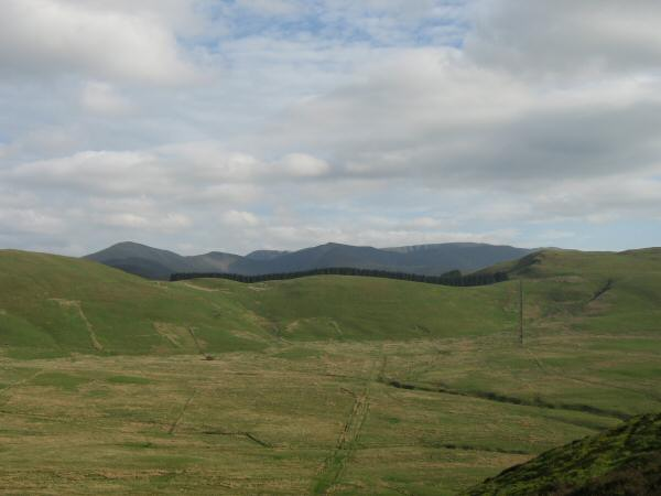 Looking south 'through' Widow Hause to the higher north western fells