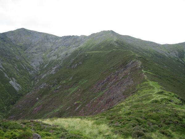 Doddick Fell with Hallsfell Top (Blencathra's summit) on the left