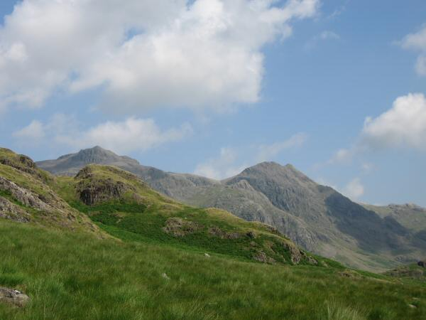 Scafell Pike and Pen in front of Ill Crag