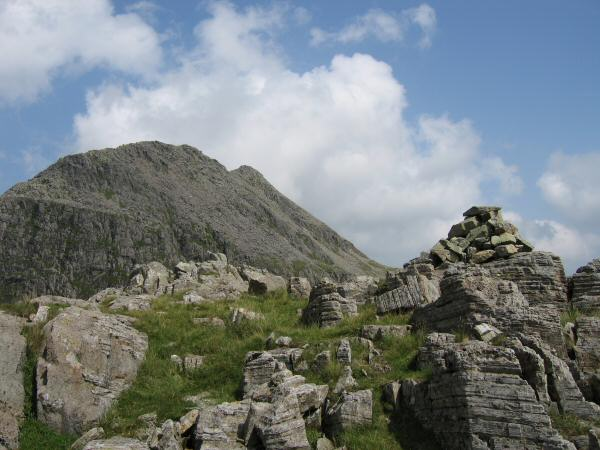 Pen's summit with Ill Crag behind