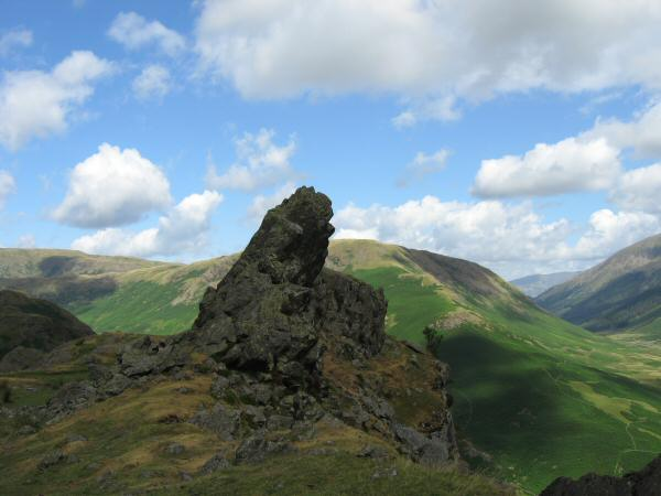 The Howitzer, Helm Crag summit
