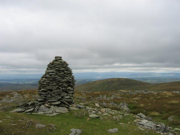 Looking back to Selside Pike from the larger of the two cairns on Artle Crag