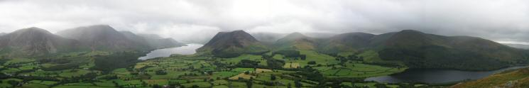 Southerly panorama from Low Fell's southern top