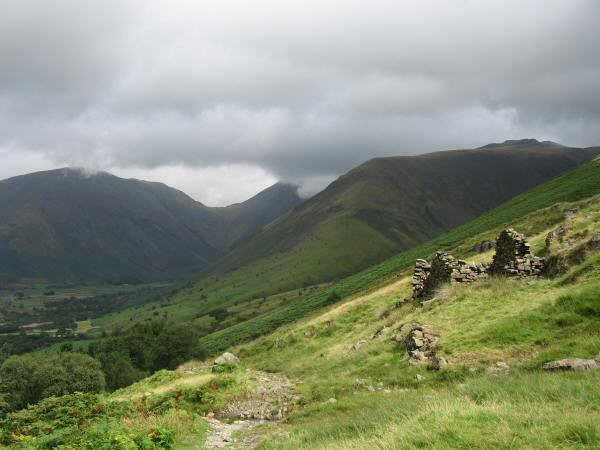 Kirk Fell on the left and Lingmell on the right from the Wasdale Head to Boot (Eskdale) old corpse road