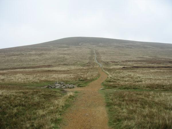 The path up Stybarrow Dodd from Sticks Pass
