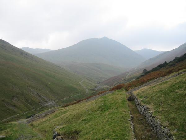 Looking up the valley to Catstycam