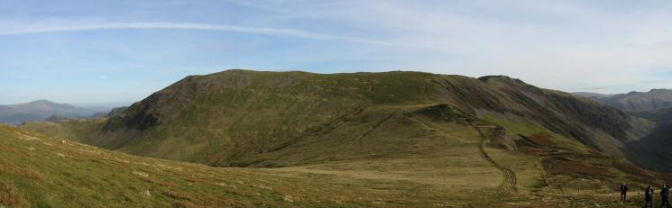 Looking back to Hindscarth from the ascent of Robinson