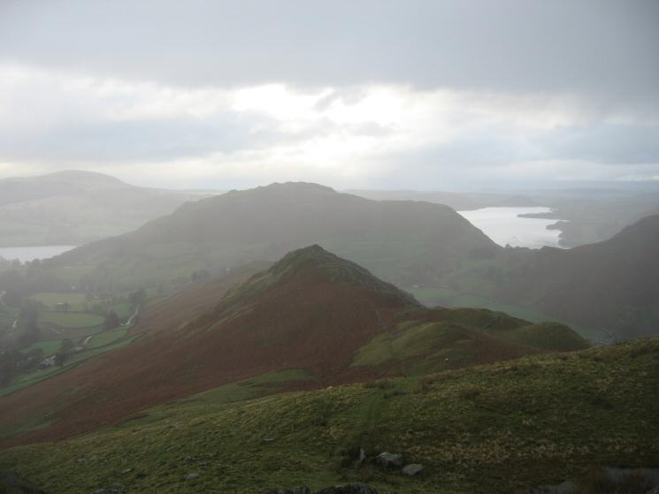 Winter Crag with Hallin Fell and Ullswater behind from Beda Head