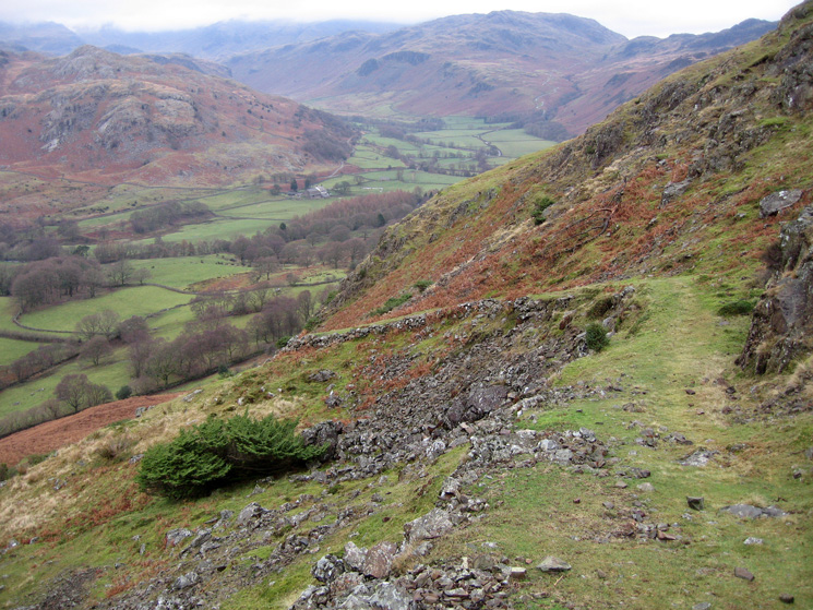 The old peat road descending into Eskdale