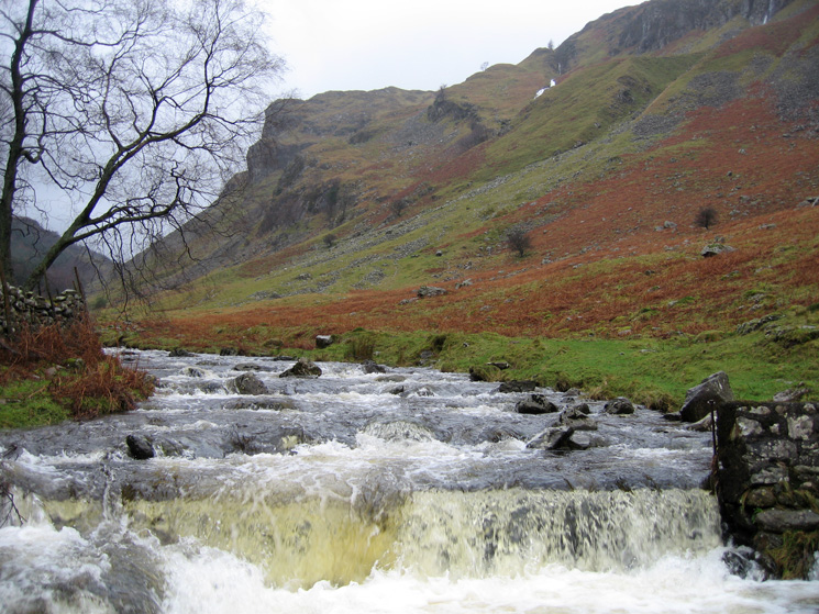 The weir, Shoulthwaite Gill