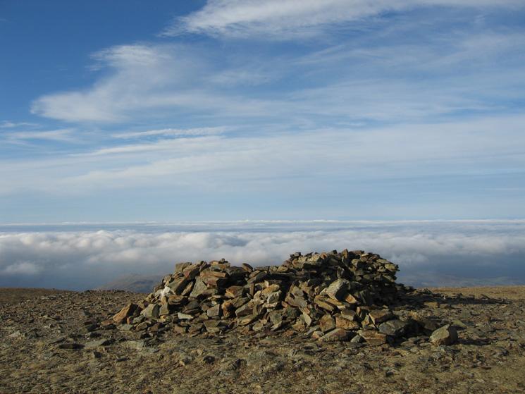 The summit shelter, Grasmoor