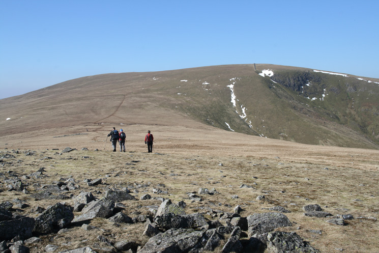 Heading for Stybarrow Dodd with Deepdale Crag on the right