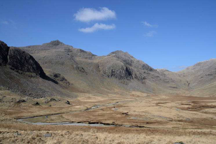 Great Moss, Scafell Pike, Pen in front of Ill Crag and Esk Hause