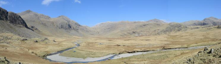 Great Moss panorama (Cam Spout Crag to Crinkle Crags)