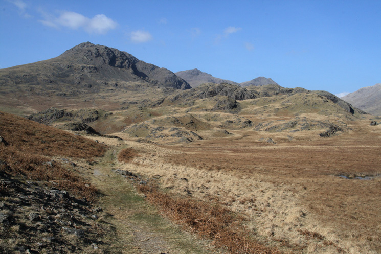 ...and Slight Side and the tops of Scafell Pike and Ill Crag  from the same spot