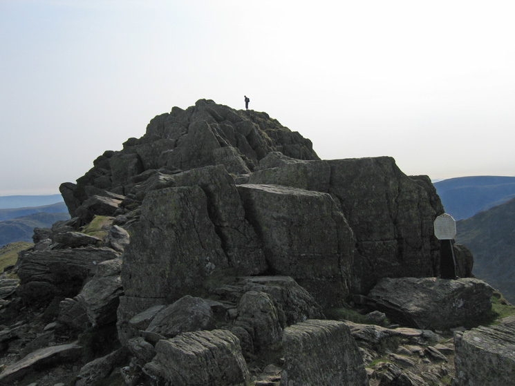 The Dixon memorial just after High Spying How at the start of Striding Edge