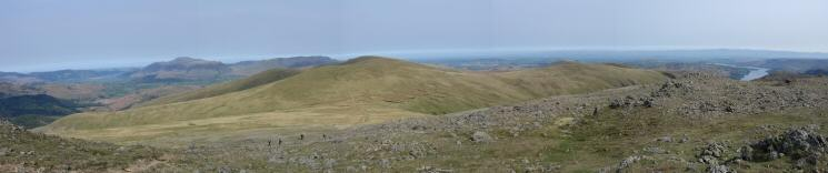 A northerly panorama from Raise's summit