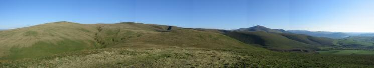 Southerly panorama from Longlands Fell's summit