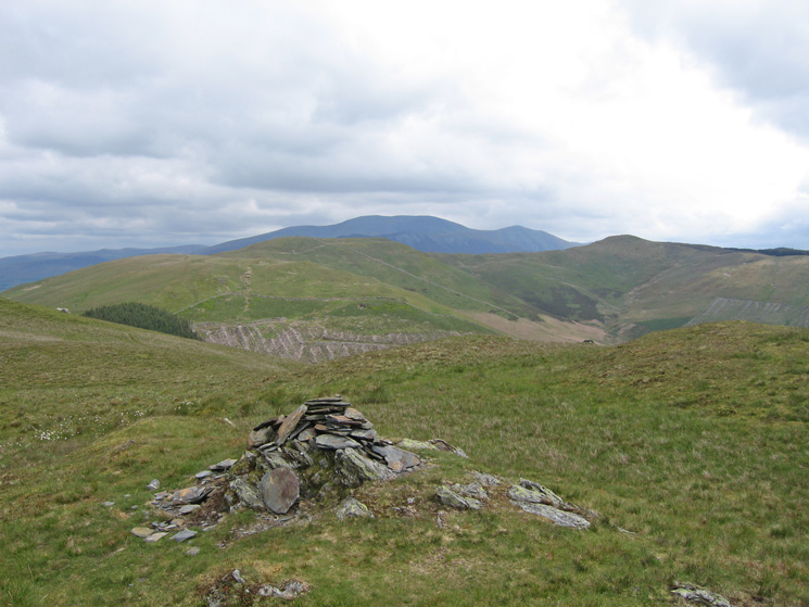 Broom Fell and Lord's Seat with Skiddaw behind from the summit of Graystones