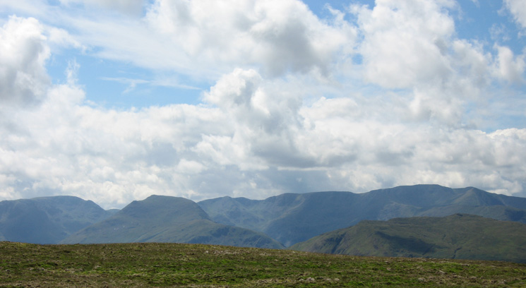 Fairfield, Saint Sunday Crag, Dollywaggon Pike, Nethermost Pike and Helvellyn from Loadpot Hill's summit