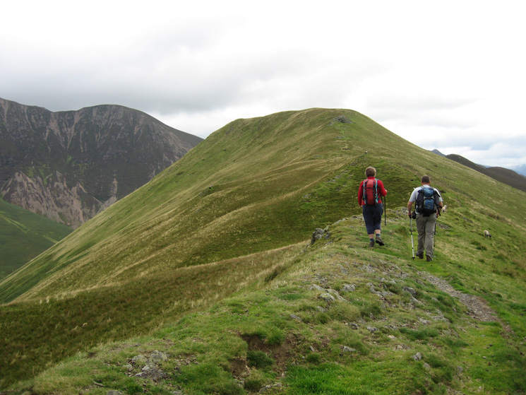 Heading along the ridge towards Knott Rigg's summit
