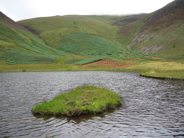 Highnook Tarn (unnamed on the OS map)