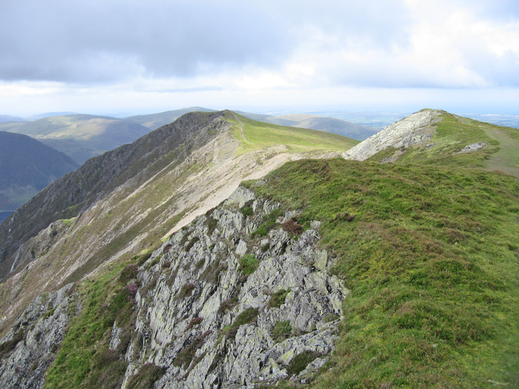 Looking ahead to Whiteside's summit at the far end of the ridge