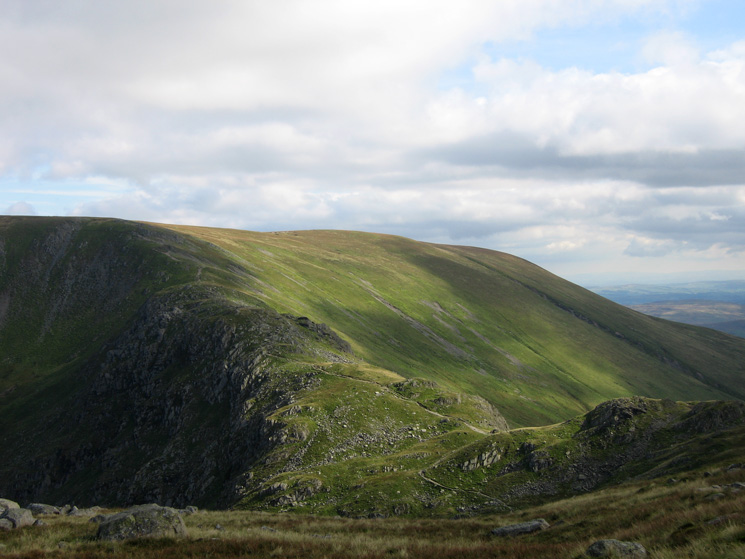 Nan Bield Pass and the ridge to Harter Fell