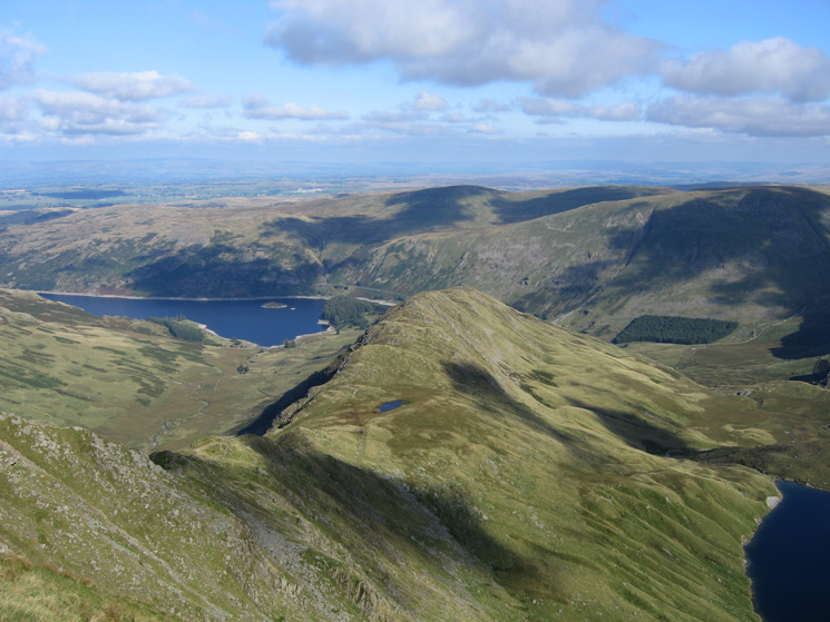 Long Stile, Caspel Gate Tarn and Rough Crag from High Street