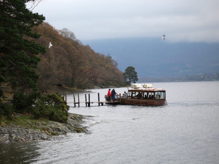 A Derwent Water launch picks up passengers at High Brandelhow