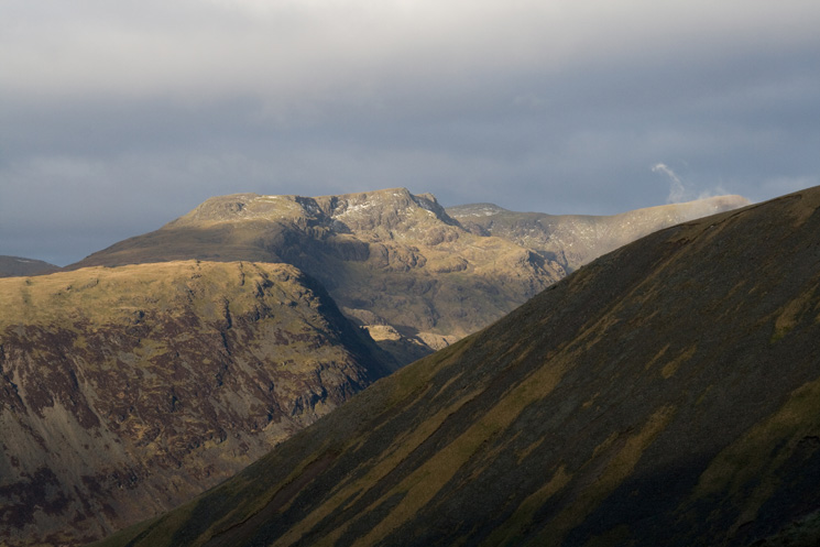 Looking over Lingmell's west ridge to Yewbarrow's north top with Red Pike behind