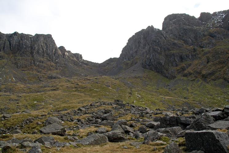 Looking up to Mickledore from Hollow Stones