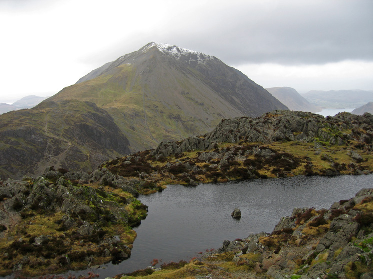 Looking over Haystacks summit tarn to Gamlin End (High Crag)