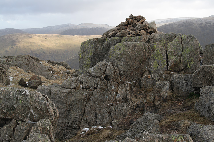 Little Hart Crag's eastern and lower top
