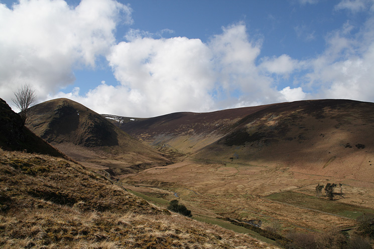 The Tongue and Bowscale Fell's east ridge with the valley of Bullfell Beck in between