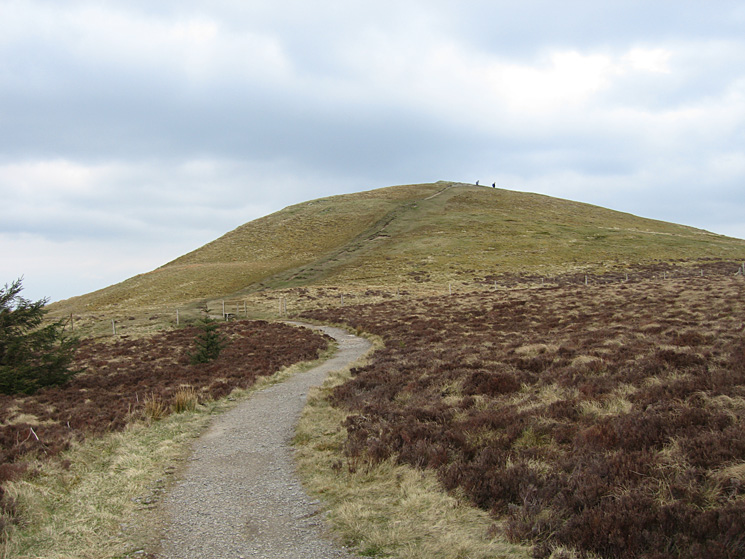 Approaching Lord's Seat's summit