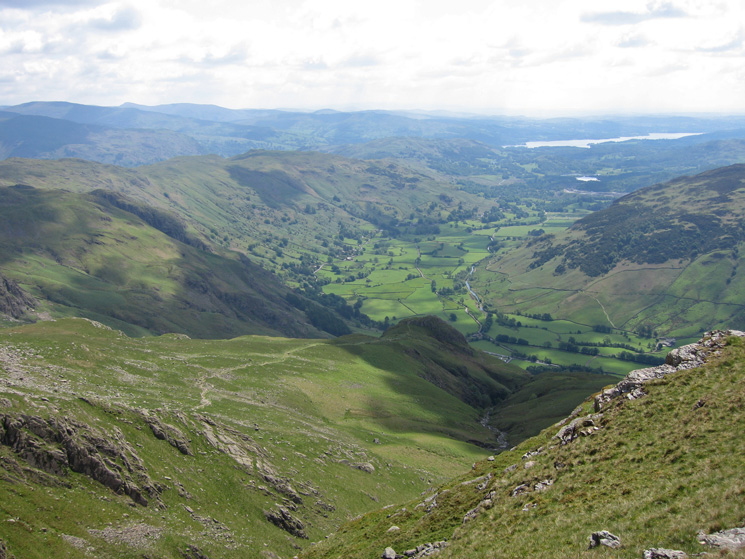 Looking down on Pike Howe from Thorn Crag