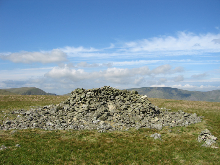 Selside Pike's summit cairn is actually a shelter!