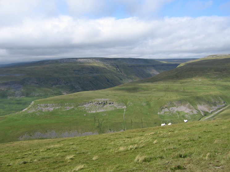 Looking over Middle Tongue to High Cup