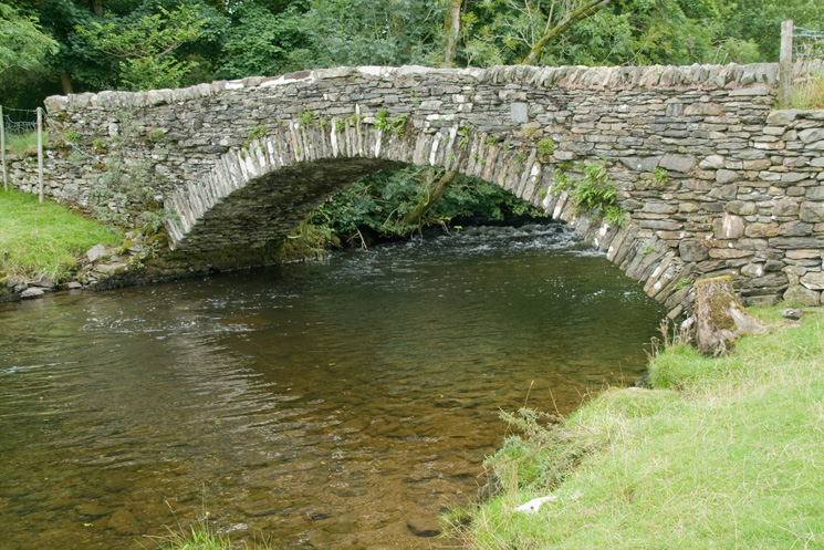 The 17th century Ullthwaite Bridge