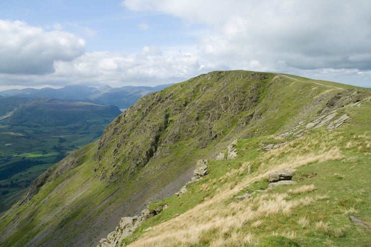 Knowe Crags