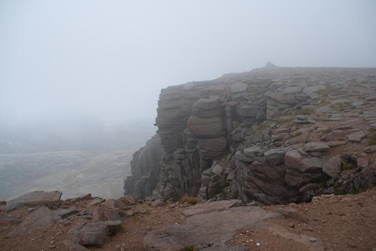 Cairn Lochan summit