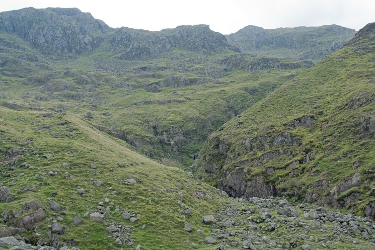 Piers Gill turning to the right