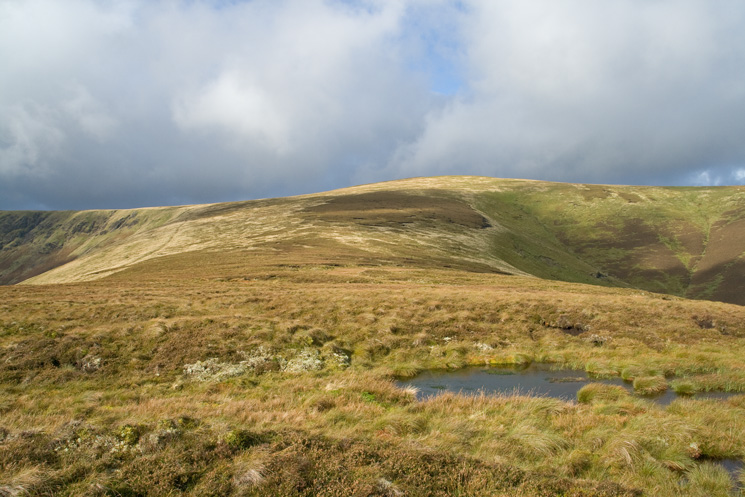 On the boggy traverse to Bowscale Fell from The Tongue