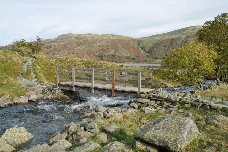 Footbridge across Riggindale Beck