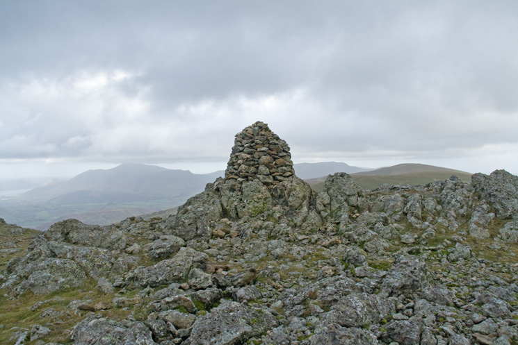 Raise's summit shelter has been demolished  and this cairn built