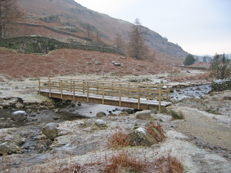 The footbridge at Stythwaite Steps